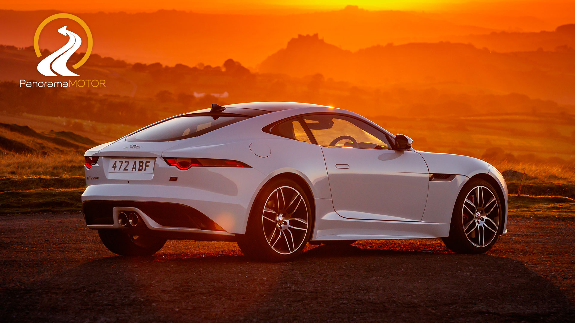 Jaguar F-Type Chequered Flag 2019